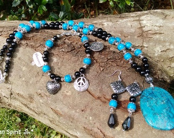 Blue Crazy Lace Agate Set, Agate Jewelry Set, Necklace Set, Jewelry Set, Agate Jewelry, Blue and Black Necklace Set, Onyx and Agate Set