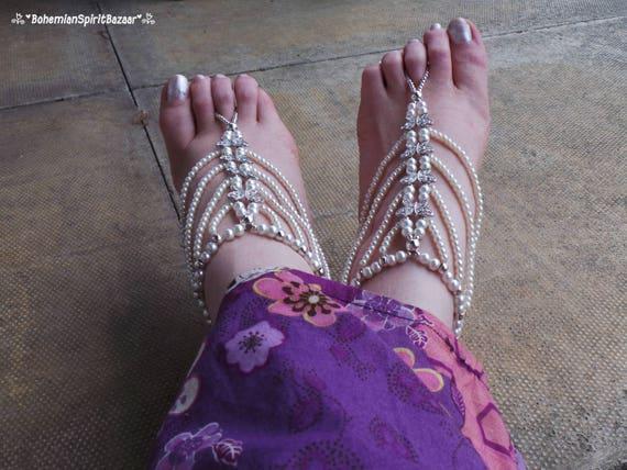 nu nus aux sandales pieds pieds mariage nus nus pieds blanc plage sandales aux Gypsy mariage pieds aux sandales Sandales de sandales strass TU08qw0d