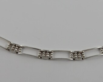 Italian Sterling Silver 7 Inch  Bracelet With A Lobster Style Clasp