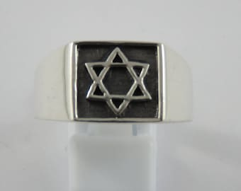Sterling Silver Gents Star Of David  Signet Ring-Size 13