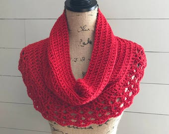 Petoskey Lace Cowl/Red/Women's Accessories