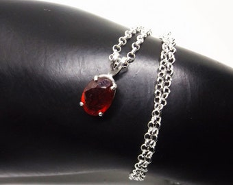 2.84 ct Top Red Ruby Necklace