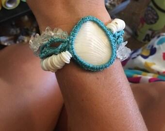 Shell chip bracelet