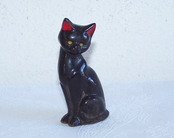 FREE SHIPPING Redware Black Cat with Red Ears Vintage Ceramic Black Cat Salt /& Pepper Shakers Puss in Boots Made in Japan