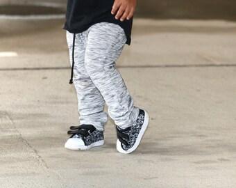 monochrome DRAWSTRING harem pants, shorties, or even pick  crop pants style
