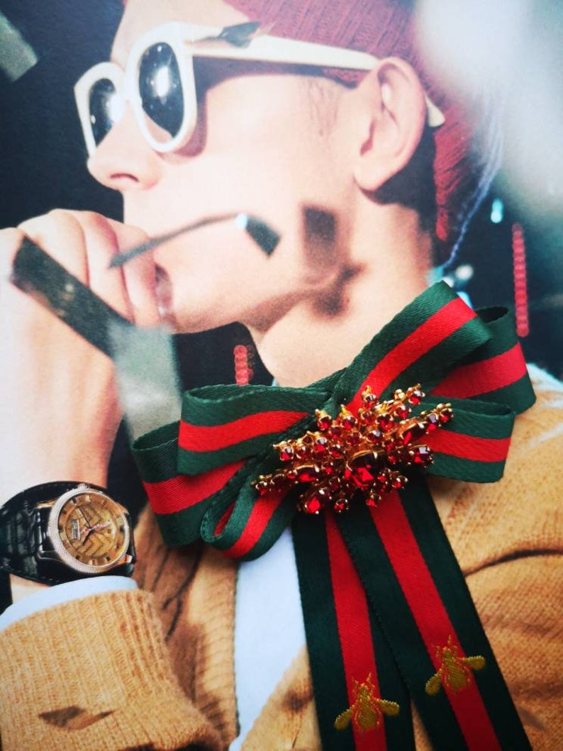 ffe1269e1471d Red Green striped Designer inspired gold plated Red brooch statement centre  piece Fashion Woman Man Brooches Long Gucci inspired