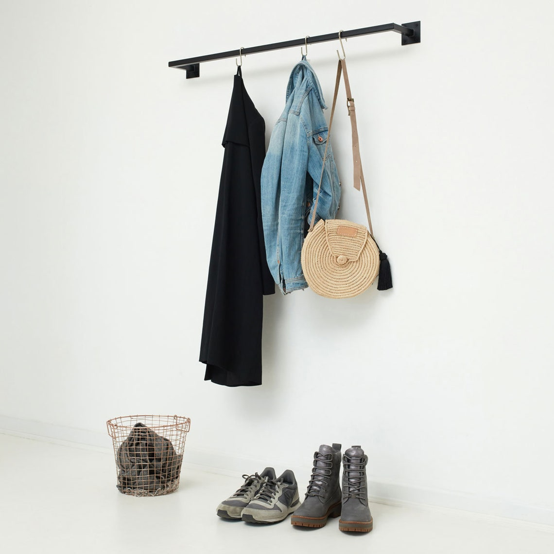 Clothes rack in industrial style Scandinavian - welded & powder coated - wardrobe SIMPLE LINE - various sizes