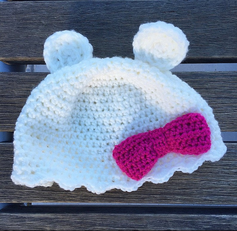 090803a5 Crocheted Bear with a Bow Hat | Etsy