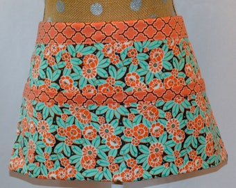 Market Apron - Vendor Apron - Craft Apron - Teacher Apron - Floral Apron - Utility Apron - Waitress Apron - Teacher Gift - Craft Show Apron