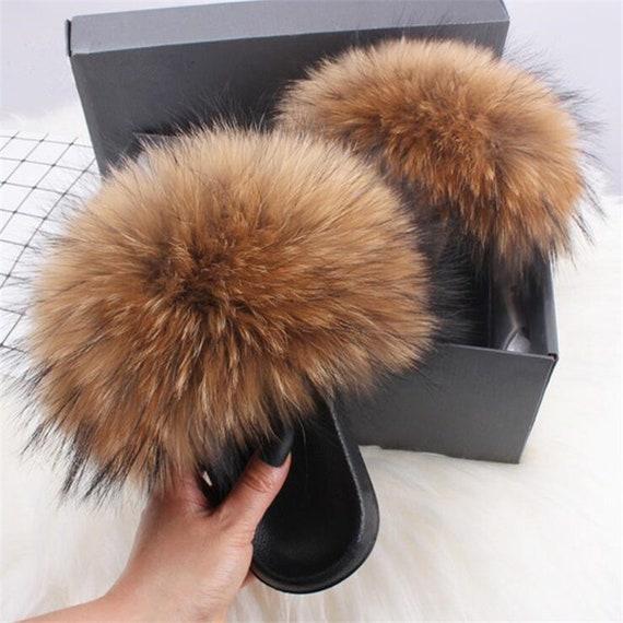 Poms Slides Luxury real fur Slippers Instagram Hot Outdoor Furry Slides Best Raccoon Hair Pompoms Natural Brown Fluffy Black Tips sandals
