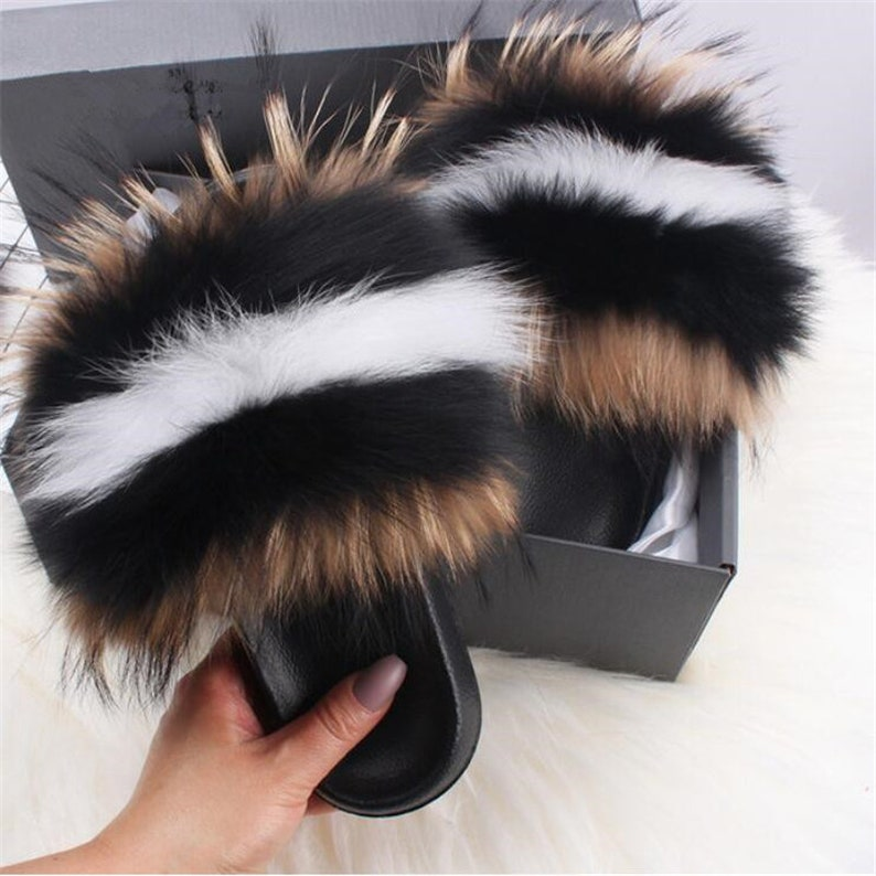 Poms Slides Luxury real fur Slippers Instagram Hot Outdoor browncombin