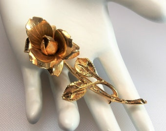 Vintage Textured and Polished Gold Tone Dimensional Rose Flower Pin Brooch