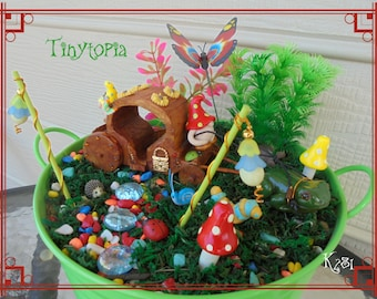 Gnome Carriage Set Miniature Fairy Garden Terrarium Kit Includes Plants