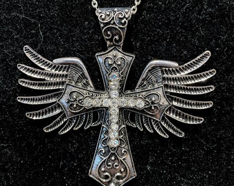 4 Cross and angel wing pendants antique silver tone C28