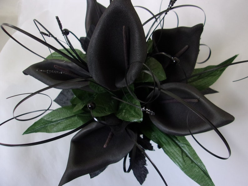 Natural Foliage Greenery Brides Bridal Wedding Gothic Posy Ready Made Black Calla Lily Bouquet