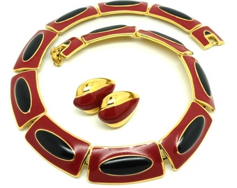 Vintage 1980s Monet Red Choker Necklace