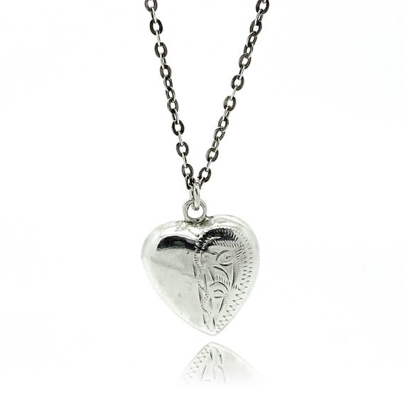 Vintage 1970s Silver Puffed Heart Pendant