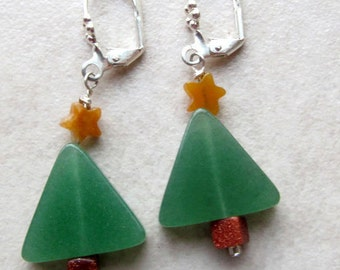 Contemporary Christmas Tree Drop Earrings - Christmas Tree Jewelry - Boho Christmas Jewelry - Green & Gold Contemporary Earrings