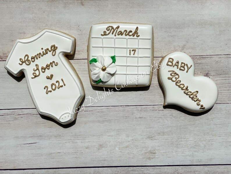 Pregnancy Announcement Cookies Gift Set/New Baby Cookies Gift image 0