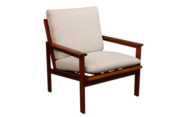 Mid-Century curated danish teak chair with new cushion in knoll wool gray fabric. 1970's Circa