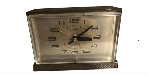 1970s Vintage Mid Century Electric Desk Clock