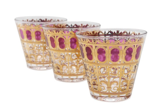 Mid-Century Red & Gold set of cocktail glass by george Briard dedigner. 1970's set of 3
