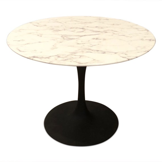 Contemporary mid century modern Saarinen style round dining table with faux marble