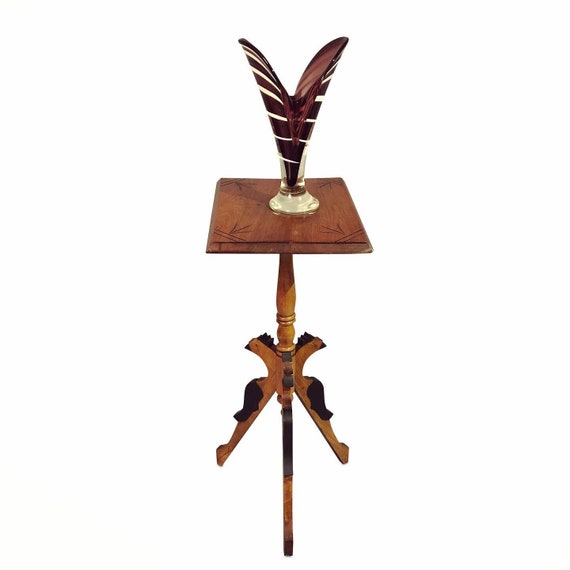 Traditional antique tall accent end table