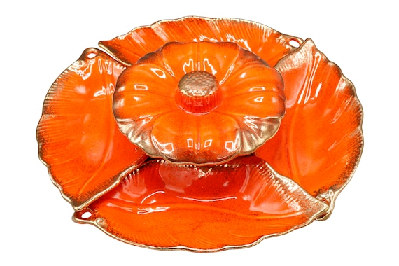 Mid-Century dip and chip set of 5 ceramic bowls serving in orange & gold shade 1970's