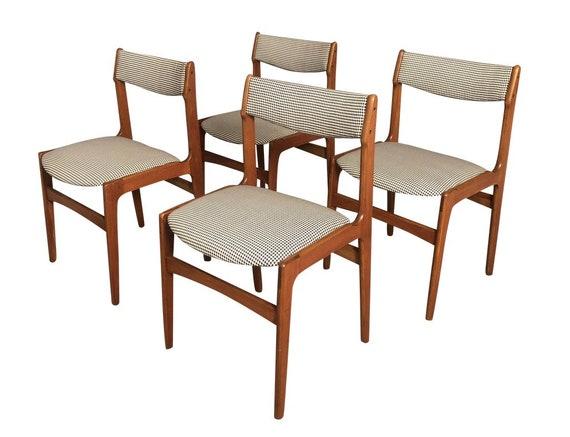 Mid-Century Danish Teak Dinning Chairs Set of 4