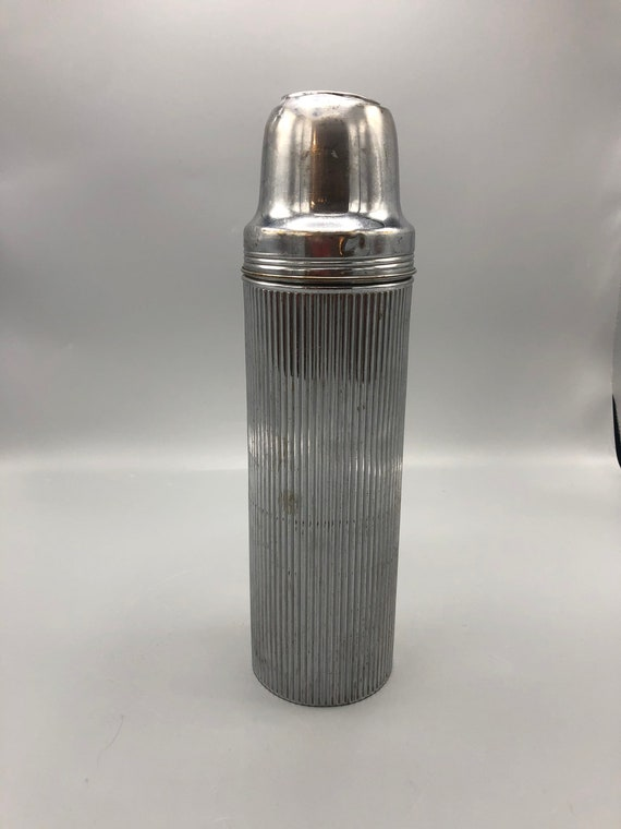 Mid century thermos chrome bottle water with 3 cups