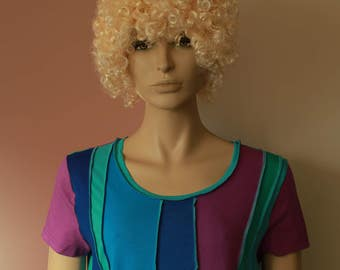 Liz & Joe upcycled t-shirt with short sleeves, second hand shirt, cotton, redesigned, turquoise, cobalt, green, pink, size XL