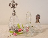 Set of Three Vintage Clear Glass Perfume Bottles Decanters with Silver Plated Handles Victorian Rose Vanity Set Decor Bathroom Storage