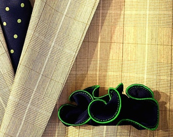 Navy Pocket Square with Green Edge Border  Wedding Hankerchief  Custom Pocket Round  Groomsman Hankie  Pocket Silk Handkerchief for Man