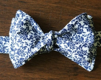 Navy Flower Bow Tie For Men, Gift for Boyfriend, Available in Pre Tied and Self Tie Bowtie, Fall and Winter Botanical Print, Country Wedding