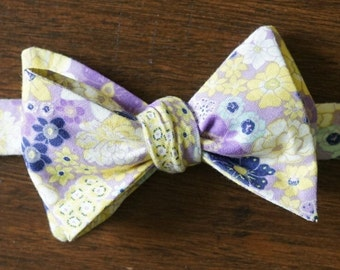 Lavender Garden Floral Bow Tie for Men, Gift for Groom, Lavender and Yellow Poppies Fleurs Print, Gift for Wedding Party, Farm Wedding