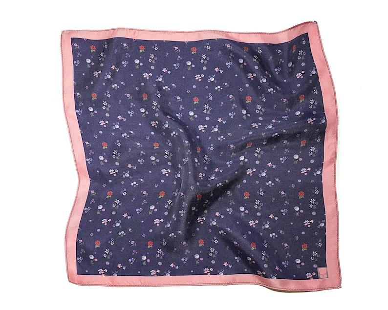 Ditsy Flower Pocket SquarePatterned Silk Pocket Square image 0