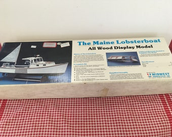 The Maine Lobsterboat - All Wood Display Model Kit