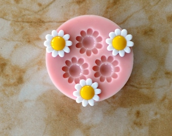 Flower  Flexible Silicone Mold, Molds, Silcone, Beach, Ocean, Animal, Crafts, Jewelry, Scrapbooking, Resin, Clay, Buttons G127