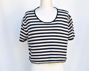 basic black and white stripes crop top / s-m