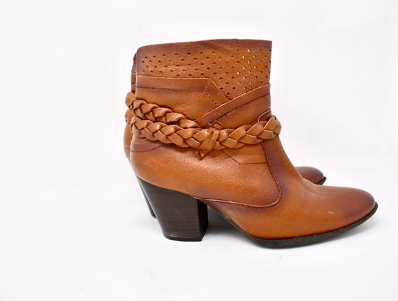 brown WOVEN heel booties / size 8