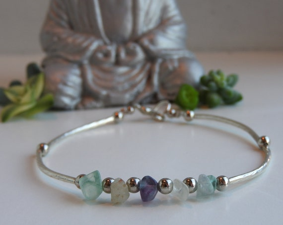 Delicate and fine bracelet with fluorite stone beads crystals - reiki therapy for the balancing of the chakras - minimalist jewelry - Size M