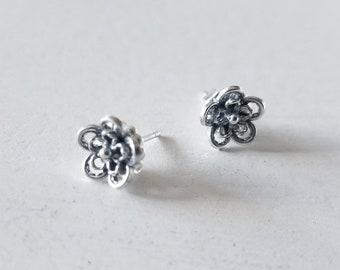 Filigree Flower Stud Earrings, Filigree Earrings, Sterling Silver Jewelry, Handmade Earrings, Sterling Silver .925