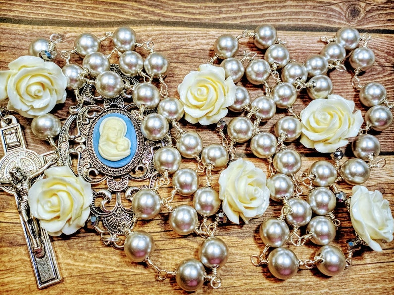 Vatican Style Tahitian Grey Silver Pearl Cream Rose Baby Blue image 0