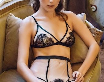 cb9c15ad7afc Kleopatra 2132 Beige Black Laces High waist Panties