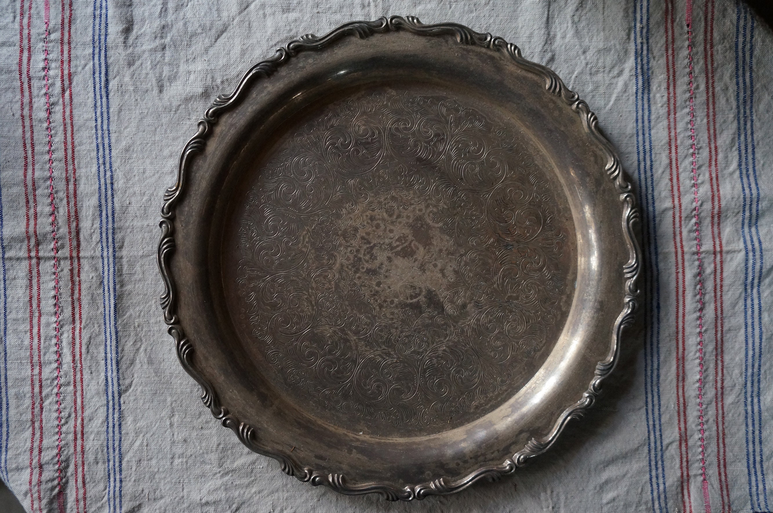 Silver Plated Serving Tray Tray Vintage Silver Plated Serving Tray Footed Tray Silver Plated Antique Tray Floral Carved Decoration
