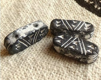 Small African terracotta Black 2 bead holes