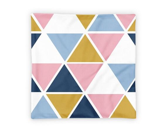 Coussin triangle | Taies d'oreiller de rose | Oreillers en plein air | Nursery décor | Taies d'oreiller géométrique | Or Home Decor | Coussin bleu
