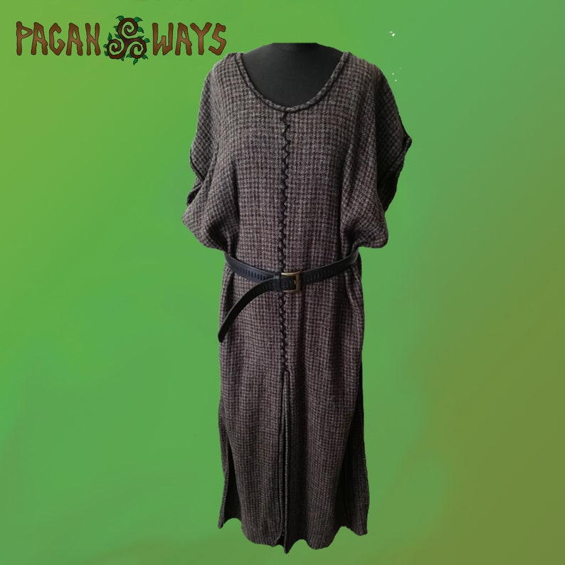 Long woolen medieval tunic with hand embroidered borders  image 0