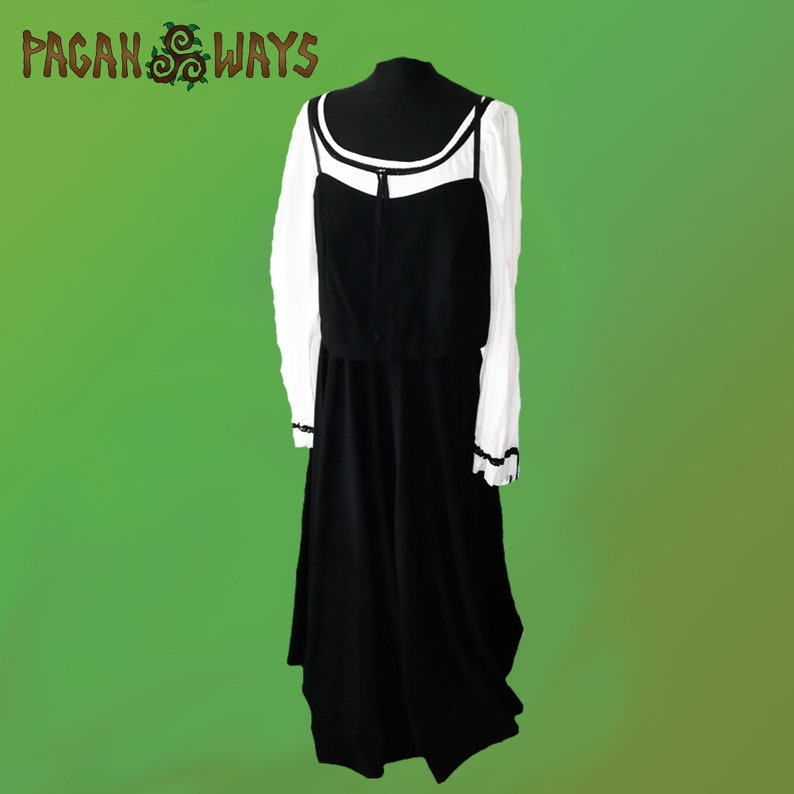 Black and white fantasy dress with long sleeves and black image 0